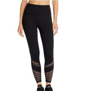 Beyond Yoga Top Notch Laser-Cut Leggings 🕶